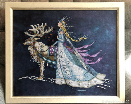 Snow Queen by Mirabilia #crossstitch #christmas #holiday #mirabilia